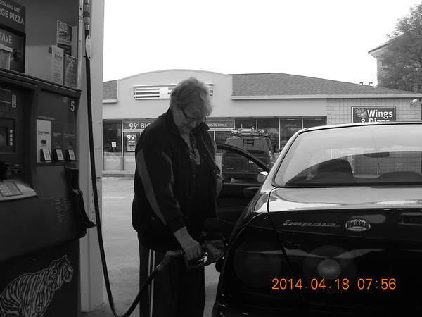 20140418-0756 Linda gassing up first in 6 years